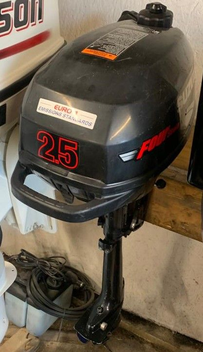 Suzuki DF2.5 Outboard for sale